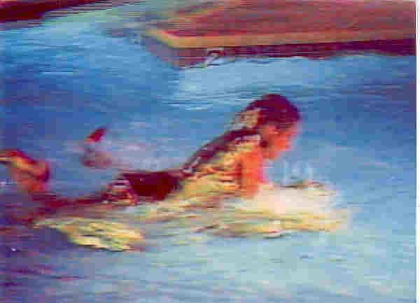 amanda and sammy jo s swimming pool catfight